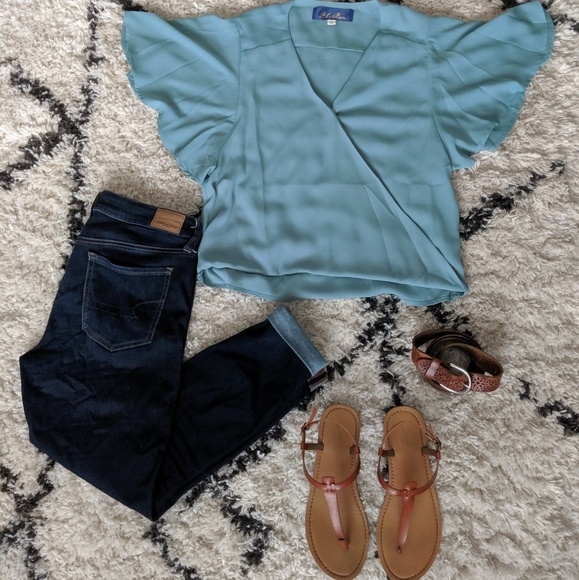 Francesca's Collections Tops - Blue Cross Front Top